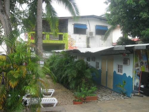 Mamallena hostel is in Panama City.