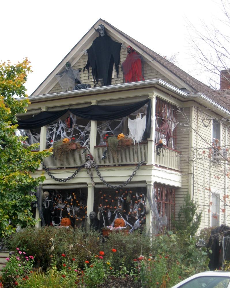 A spooky Halloween house.