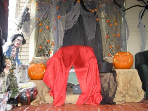 Halloween house has a throne.