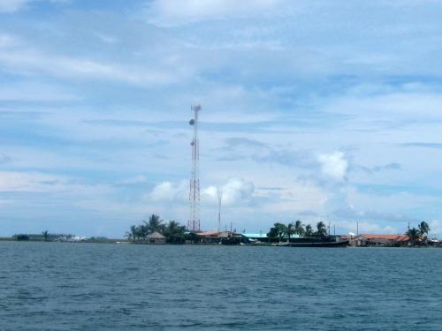 Sailing to Nagana in the Guna Yala islands.