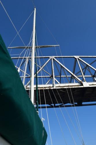Meander's mast going under the Chesapeake Bay Bridge.