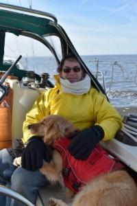 Honey the golden retriever shows how a boat is better than an RV.