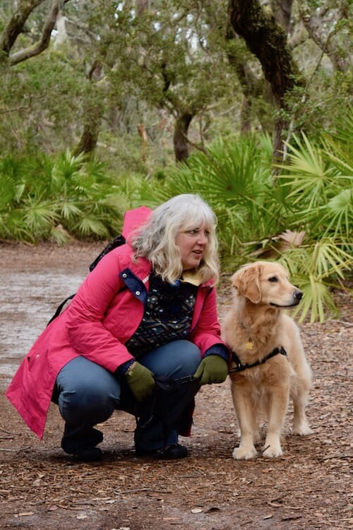 Review of 2018 on Meander (woman in pink jacket with golden retriever)